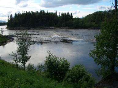 Sørløfta stor elv juni 2005